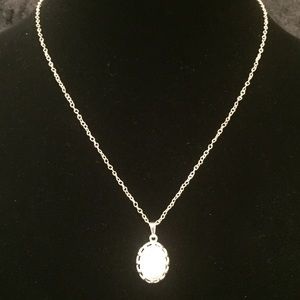 Jewelry - Dainty White Stone Pendant Necklace A009